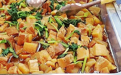 豚角煮と大根煮(日替わり)