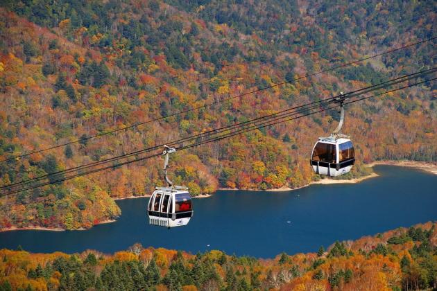 本州で最も早い紅葉を求めて!「日光白根山ロープウェイ」