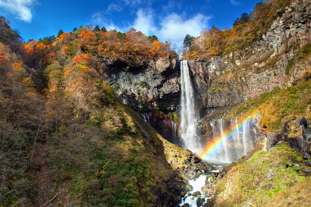 華厳の滝ライトアップ