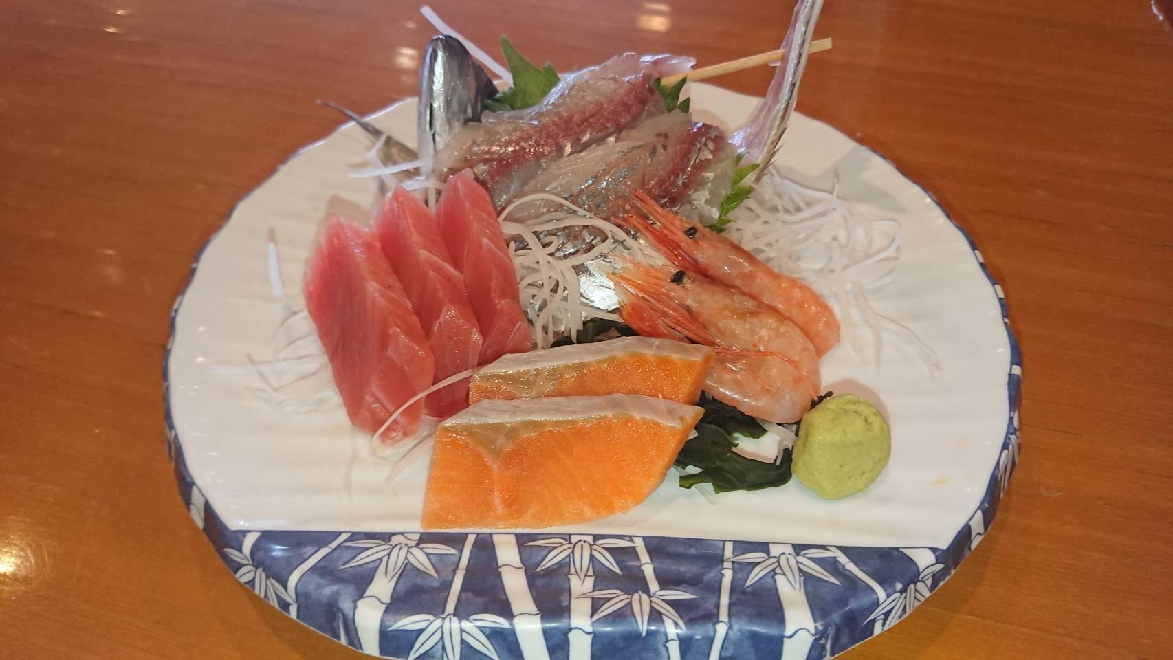 海の幸盛合せ大皿サービス!(大人/お一人様/1皿)
